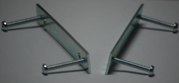 Staffe fissaggio gettoniera completa di 4 perni