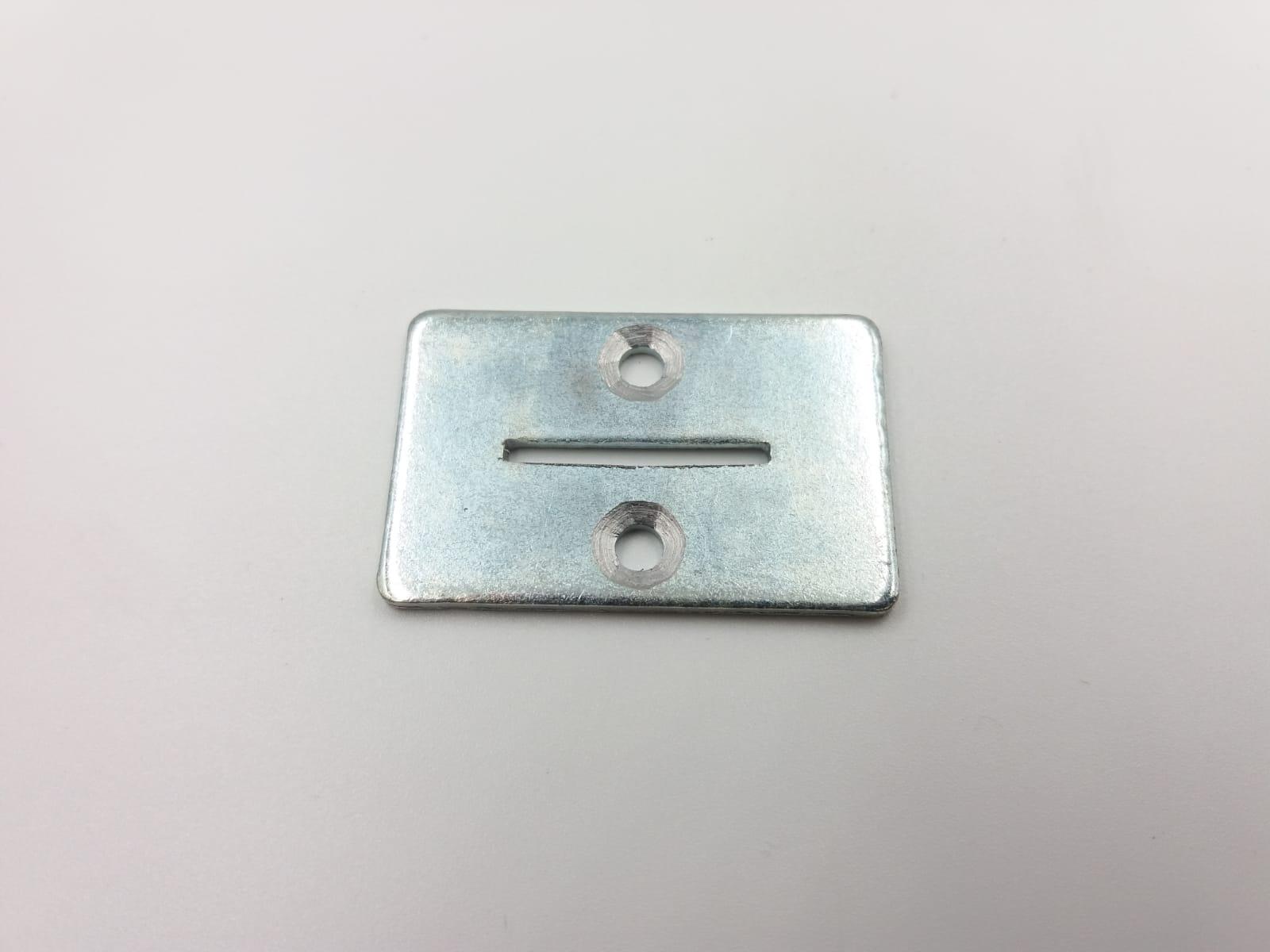Imbocco per gettoniera in metallo