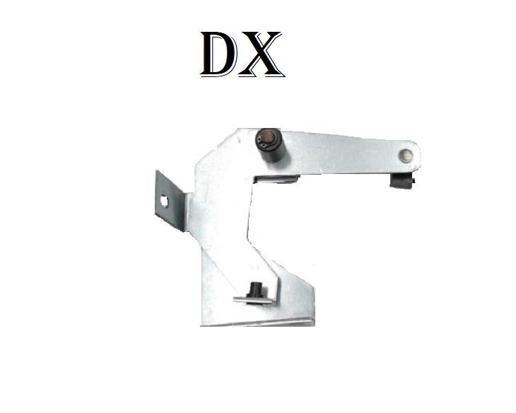 Gruppo di azionamento pattino retrattile per serratura porta di piano